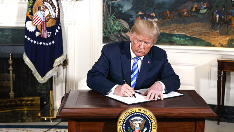 پرزیدنت ترامپ، قطعنامه کنگره برای کاهش اختیارات جنگی با رژیم تروریستی ایران را وتو کرد