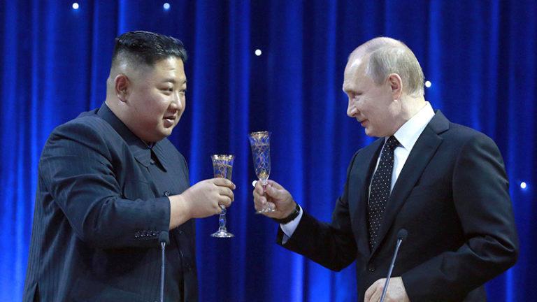 دیدار کیم جونگ اون رهبر کره شمالی با ولادیمیر پوتین رئیس جمهور روسیه