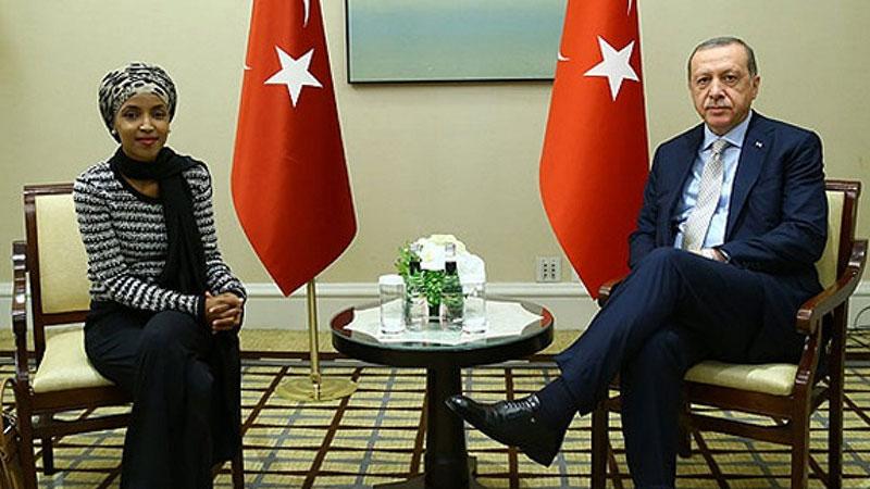 رجب طیب اردوغان رئیس جمهور ترکیه و ایلهان عمر عضو دموکرات مجلس نمایندگان آمریکا