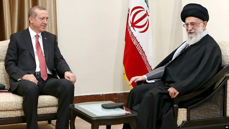 علی خامنه ای رهبر رژیم تروریستی ایران و رجب طیب اردوغان رئیس جمهور جمهوری اسلامی ترکیه