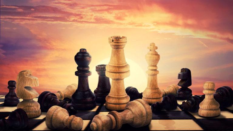 جهان در شطرنج گامبی شاه لیدر جنبش ری استارت سید محمد حسینی
